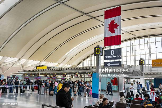 toronto pearson international airport - toronto stock pictures, royalty-free photos & images