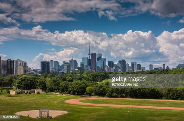 toronto postcard - tall high stock pictures, royalty-free photos & images