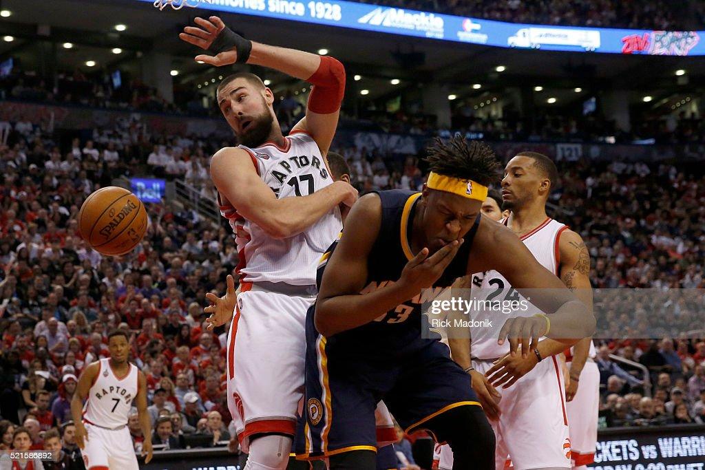 Toronto Raptors center Jonas Valanciunas elbows Indiana