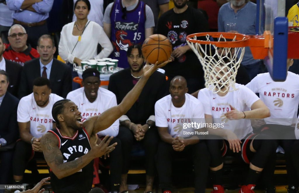 Toronto Raptors beat the Golden State Warriors in game three of the NBA Finals : News Photo