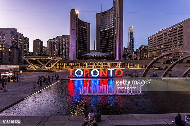 toronto sign at nathan phillips square - toronto stock pictures, royalty-free photos & images