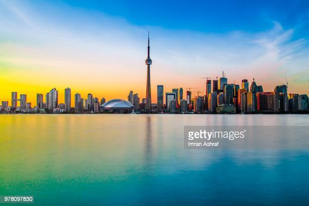 toronto skyline at dawn, toronto, ontario, canada - toronto stock pictures, royalty-free photos & images