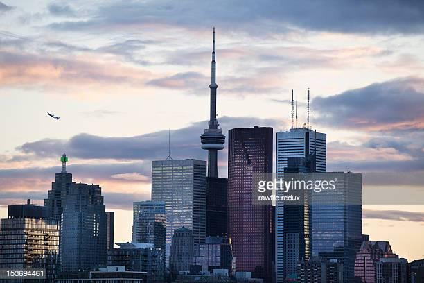 toronto skyline. - toronto stock pictures, royalty-free photos & images