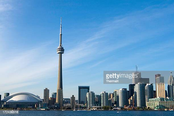 toronto skyline - cn tower stock pictures, royalty-free photos & images