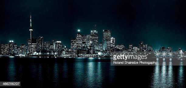 toronto, skyline - toronto stock pictures, royalty-free photos & images