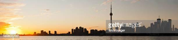 Puesta de sol vista panorámica de la ciudad de Toronto