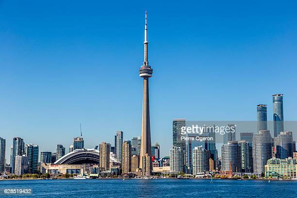 Toronto skyline with CN Tower & Rodgers Centre