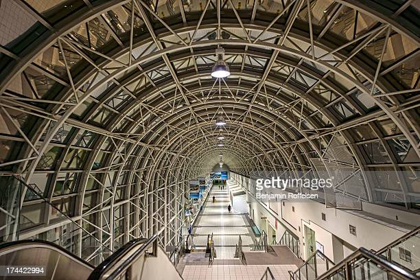 Toronto's Skywalk links Union Station to the CN Tower and Rogers Centre through a series indoor walkways and footbridges.
