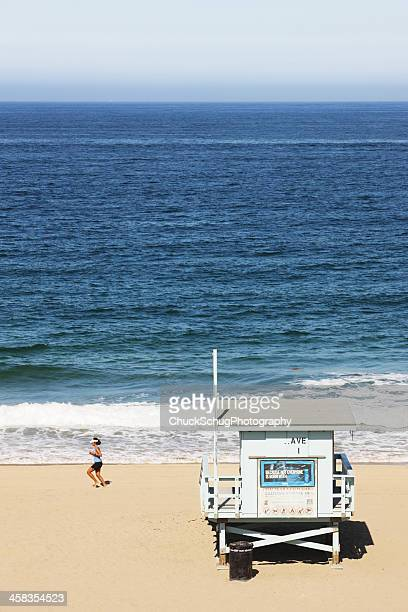 torrance beach runner lifeguard hut - torrance stock pictures, royalty-free photos & images