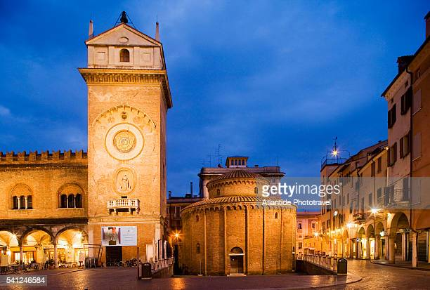 torre dell'orologio and rotonda di san lorenzo - mantua stock pictures, royalty-free photos & images