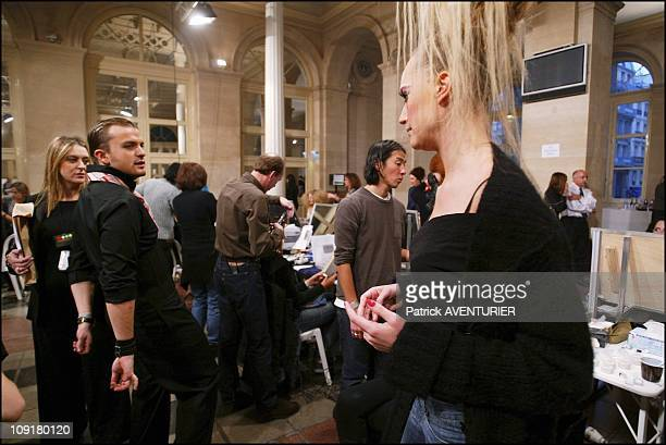 Torrente Backstage Of The Haute Couture Spring-Summer 2004 Fashion Show On January 19, 2004 In Paris, France. Julien Fournie, The New Designer