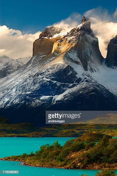 torres del paine - patagonische anden stock-fotos und bilder