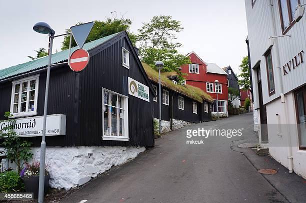 torshavn ilhas faroé cena de rua - torshavn - fotografias e filmes do acervo