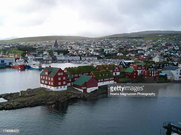 torshavn islas faeroe - torshavn stock pictures, royalty-free photos & images
