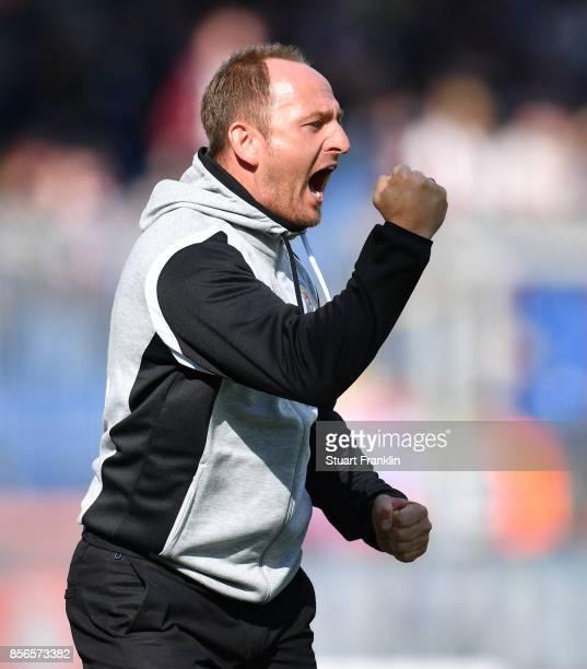 Torsten Lieberknecht head coach of Braunschweig reacts during the Second Bundesliga match between Eintracht Braunschweig and FC St Pauli at Eintracht...