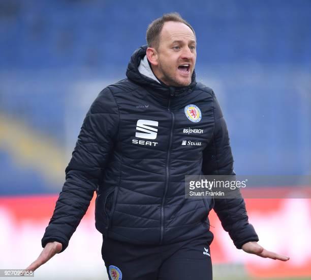 Torsten Lieberknecht head coach of Braunschweig reacts during the Second Bundesliga match between Eintracht Braunschweig and SSV Jahn Regensburg at...