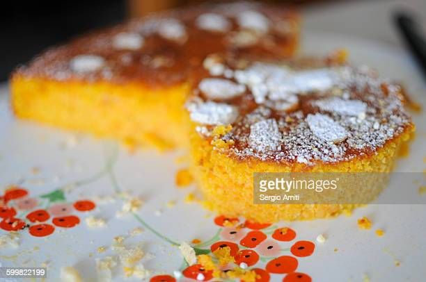 Torta di polenta dolce. Polenta cake
