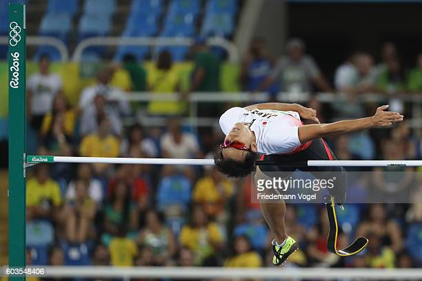 Toru Suzuki of Japan competes in the Men's High Jump T44 Final on day 5 of the Rio 2016 Paralympic Games at the Olympic Stadium on September 12 2016...