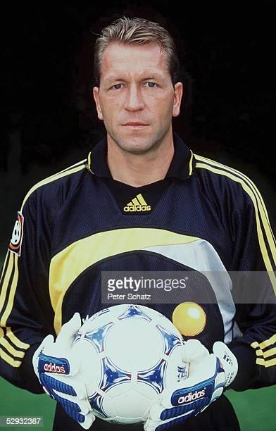 2 BUNDESLIGA 99/00 Torwart Andreas KOEPKE 1 FC NUERNBERG