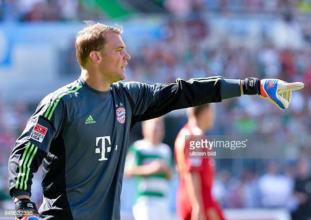 Torwart Manuel Neuer gibt lautstark Anweisungen waehrend dem Fussball Bundesliga Spiel SpVgg Greuther Fuerth gegen den FC Bayern Muenchen am 1...