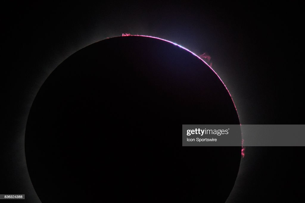NEWS: AUG 21 Total Solar Eclipse : News Photo