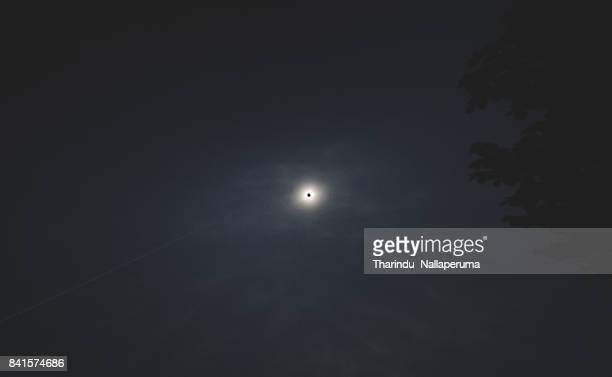 total solar eclipse 2017 - annular solar eclipse stock pictures, royalty-free photos & images