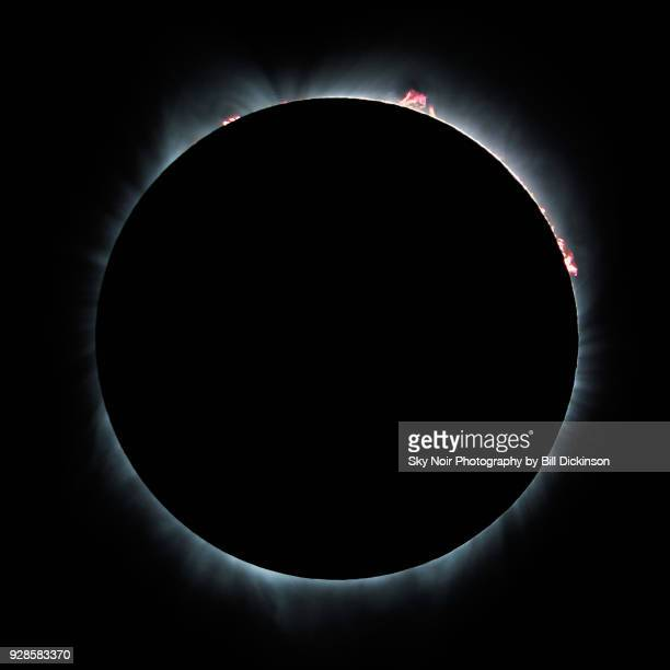 total solar eclipse - just the right fit - corona sun stock pictures, royalty-free photos & images