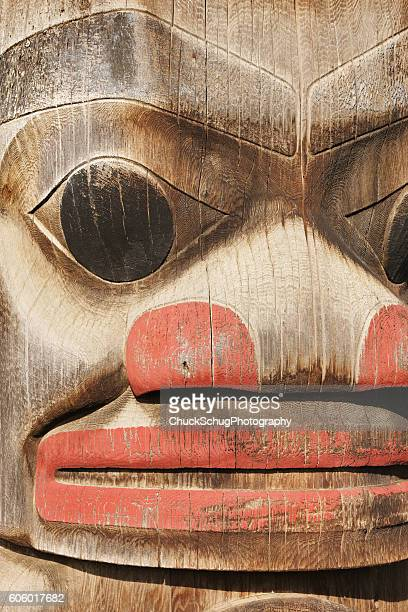 totem pole frog head gitanyow band council - totem pole stock photos and pictures