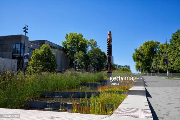 totem pole in ubc, vancouver, canada - ubc stock pictures, royalty-free photos & images