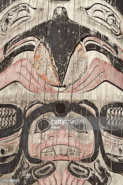 totem pole - totem pole stock photos and pictures