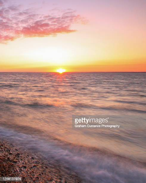 totland bay - totland bay stock pictures, royalty-free photos & images