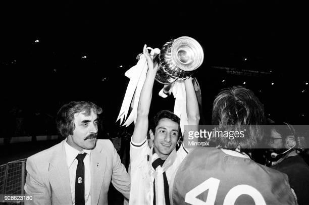 Tottenham Hotspur 3-2 Manchester City, FA Cup final, replay, Wednesday 14th May 1981. Osvaldo Ardiles.