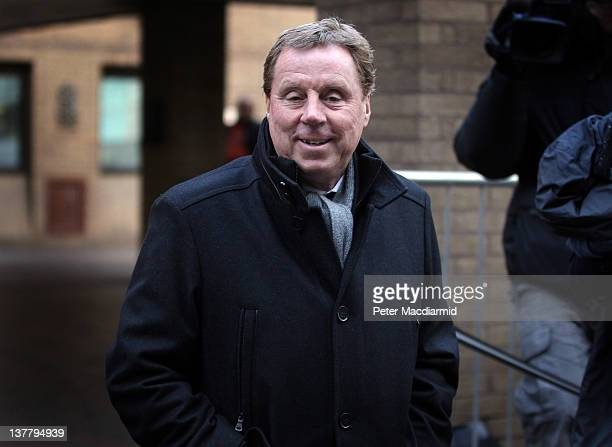 Tottenham Hotspur FC manager Harry Redknapp leaves Southwark Crown Court on January 27 2012 in London England Football manager Harry Redknapp faces...