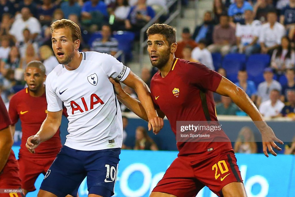 Tottenham Hotspur forward Harry Kane (10) battles Roma defender Federico Fazio (20) during the first half of the International Champions Cup soccer game between Tottenham Hotspur and Roma on July 25, 2017, at Red Bull Arena in Harrison, NJ.