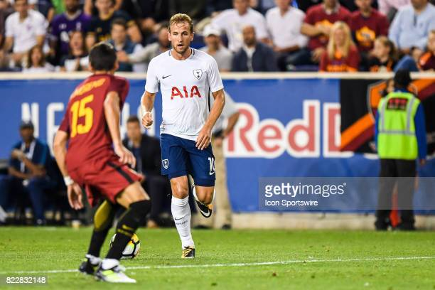 Tottenham Hotspur forward Harry Kane brings the ball up the field during the second half of the International Champions Cup between Tottenham Hotspur...