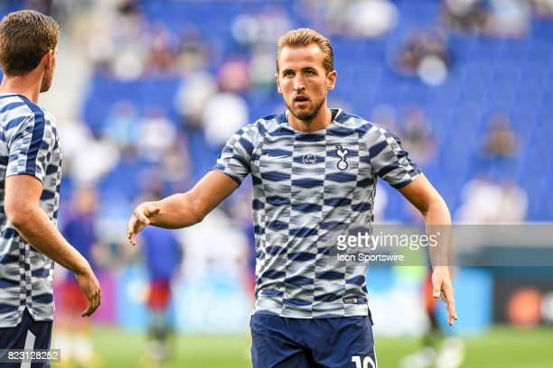 Tottenham Hotspur forward Harry Kane warms up before the International Champions Cup between Tottenham Hotspur and Roma on July 25 2017 at Red Bull...