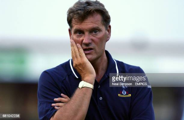 Tottenham Hotspur Manager Glenn Hoddle looks worried man