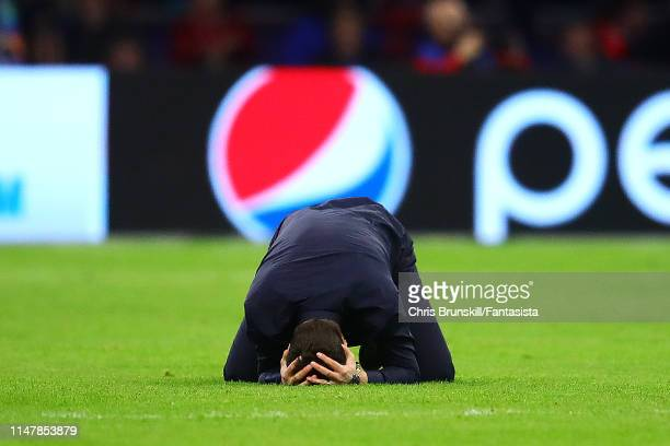 Tottenham Hotspur manager Mauricio Pochettino reacts following his side's third goal during the UEFA Champions League Semi Final second leg match...