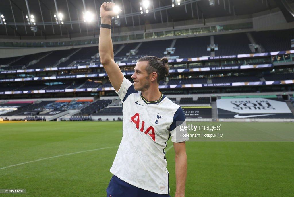 Tottenham Hotspur New Signings Gareth Bale and Sergio Reguilon Visit the Tottenham Hotspur Stadium : News Photo