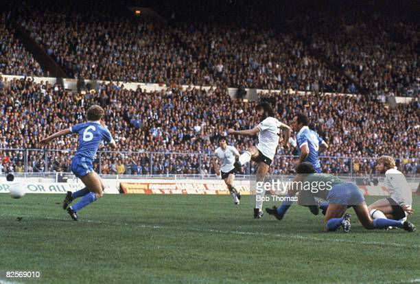Tottenham Hotspur player Ricky Villa scores the first goal in a 1981 FA Cup Final replay between Spurs and Manchester City Spurs won 32