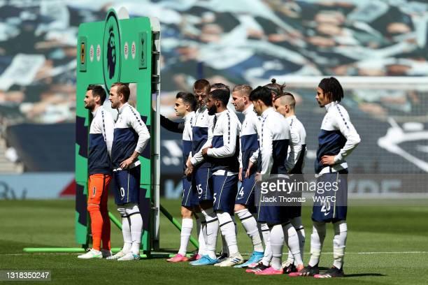 Tottenham Hotspur players line up ahead of the Premier League match between Tottenham Hotspur and Wolverhampton Wanderers at Tottenham Hotspur...
