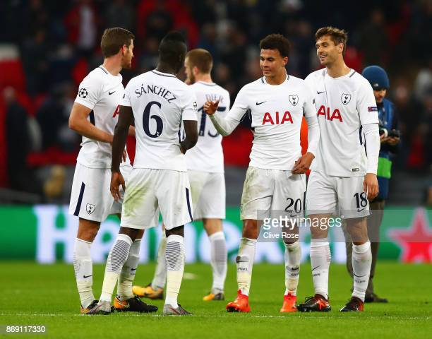 Tottenham Hotspur team celebrate their win following the UEFA Champions League group H match between Tottenham Hotspur and Real Madrid at Wembley...