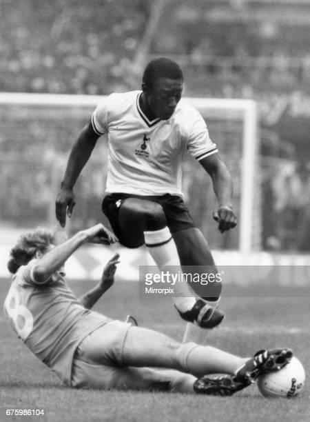 Tottenham Hotspur v Manchester City FA Cup final at Wembley Stadium May 1981 Garth Crooks of Spurs is tackled by Gerry Gow of Manchester City Final...