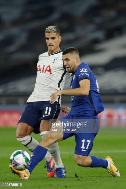 Tottenham Hotspur's Argentinian midfielder Erik Lamela vies with Chelsea's Croatian midfielder Mateo Kovacic during the English League Cup fourth...
