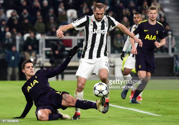 Tottenham Hotspur's Argentinian midfielder Erik Lamelafights for the ball with Juventus' defender from Italy Giorgio Chiellini during the UEFA...