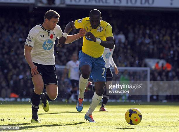 Tottenham Hotspur's Belgian defender Jan Vertonghen vies with Newcastle United's French midfielder Moussa Sissoko during the English Premier League...