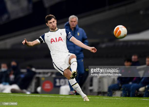 Tottenham Hotspur's Ben Davies in action as Jose Mourinho looks on during the UEFA Europa League Group J stage match between Tottenham Hotspur and...