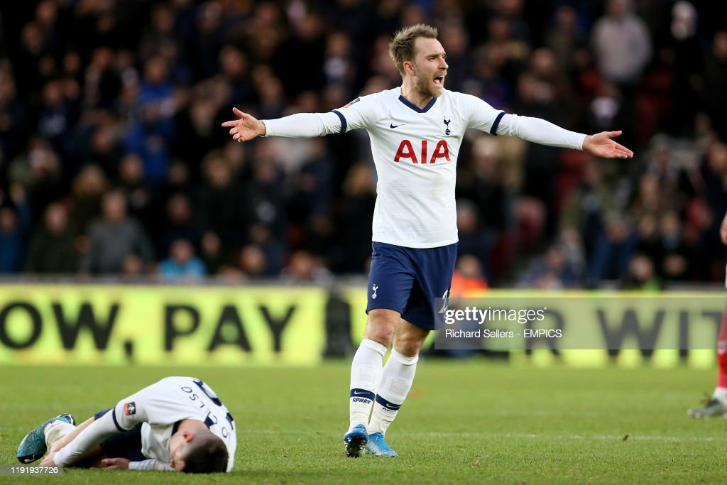 Middlesbrough v Tottenham Hotspur - FA Cup - Third Round - Riverside Stadium : News Photo