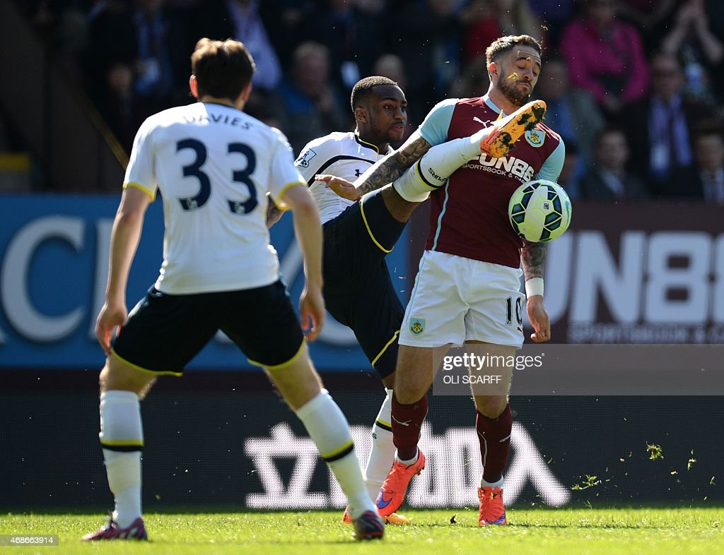 FBL-ENG-PR-BURNLEY-TOTTENHAM : News Photo
