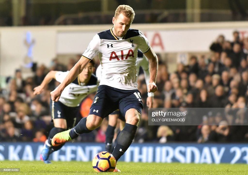 Tottenham Hotspur's English striker Harry Kane scores the opening goal from the penalty spot during the English Premier League football match between Tottenham Hotspur and Middlesbrough at White Hart Lane in London, on February 4, 2017. / AFP PHOTO / OLLY GREENWOOD / RESTRICTED TO EDITORIAL USE. No use with unauthorized audio, video, data, fixture lists, club/league logos or 'live' services. Online in-match use limited to 75 images, no video emulation. No use in betting, games or single club/league/player publications. /